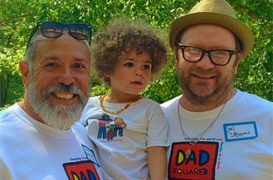 Gay dad accused of molesting son on flight will sue United Airlines